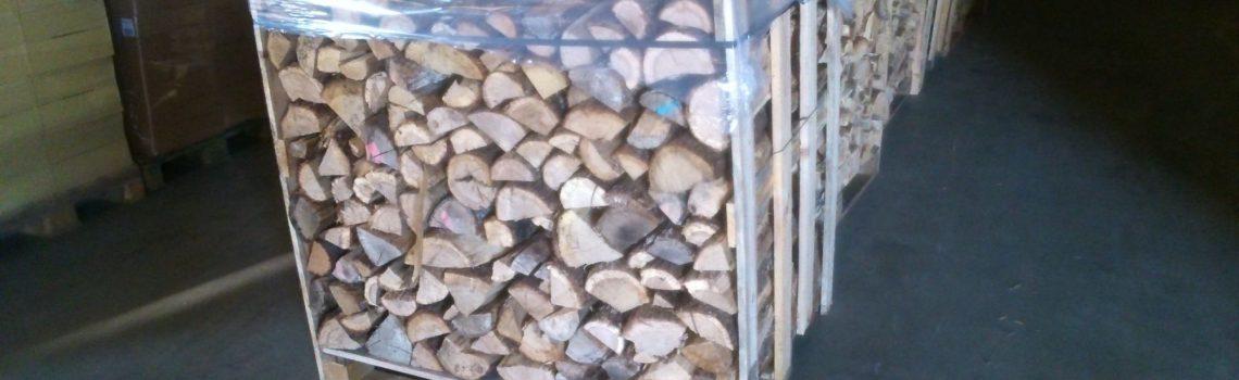 Bois de chauffage en palette